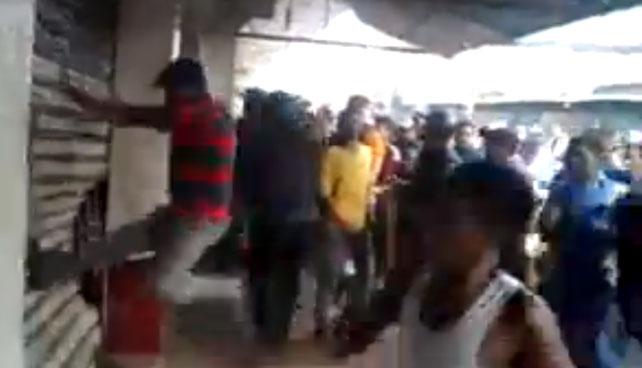 """Sibci: """"Venezolanos ayudan a dueño de tienda de electrónicos que dejó llaves adentro"""""""