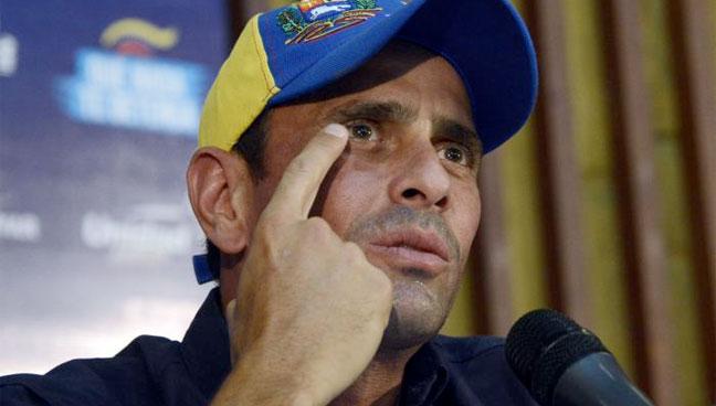 Capriles se queja de medidas económicas que igual debía hacer si ganaba