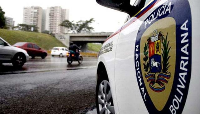 Policía Nacional detiene a señor que se comió la luz huyendo de choros