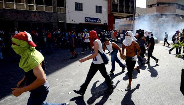 Colectivos armados súper panas cuando no están matando estudiantes