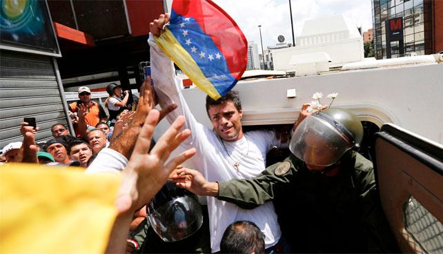 Oposición asegura que no se ha olvidado de Leopoldo Pérez