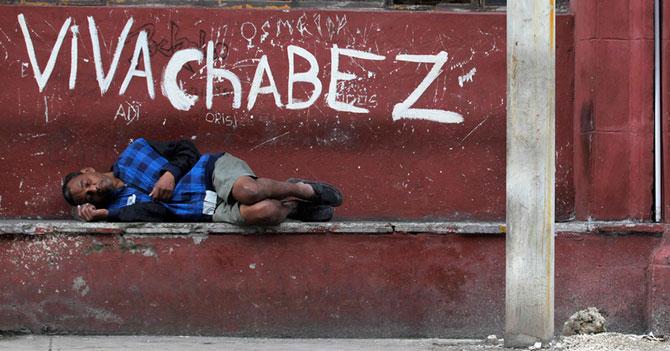 Millones de venezolanos felices se suman a la pobreza extrema