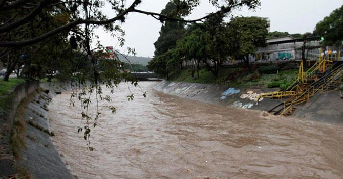 Maravillosa cooperativa comenzó regulación de lanzamiento de cadáveres al Río Guaire
