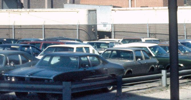 Concesionario full de carros nuevos en Venezuela de 1976
