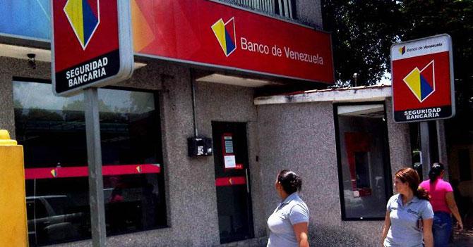 Bancos ofrecen créditos para el almuerzo de mañana