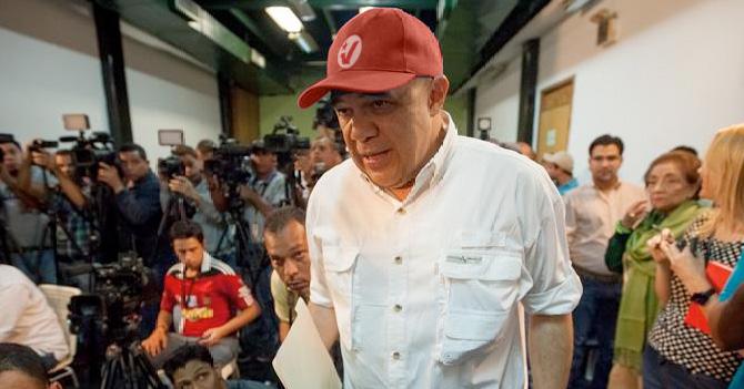 Para asegurar elecciones parlamentarias, oposición se inscribe en el PSUV