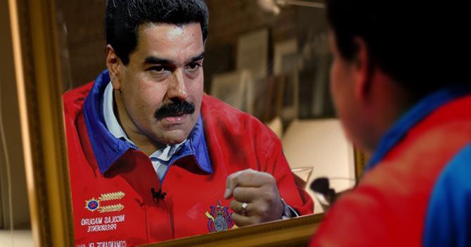 Maduro se ve en el espejo y se regaña