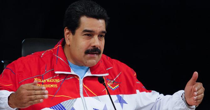 Maduro pasa 2 horas pensando si noviembre dura 30 o 31 días
