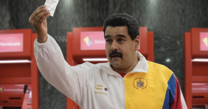 Maduro con saldo insuficiente en el cajero automático