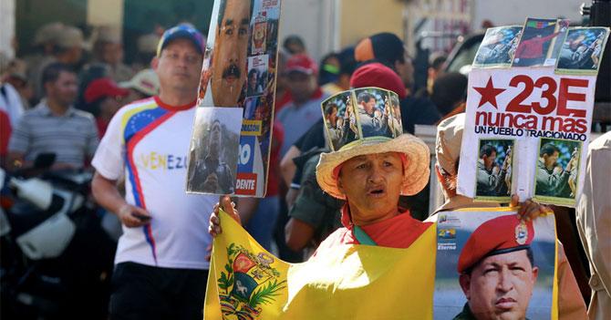 PSUV hace marcha para celebrar el día en el que nació la Cuarta República