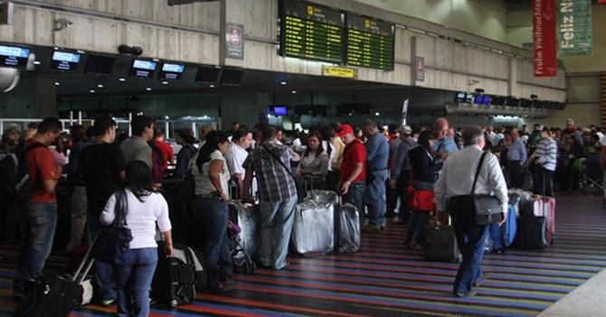 Gobierno mejora la calidad de vida de sus ciudadanos estimulando la emigración