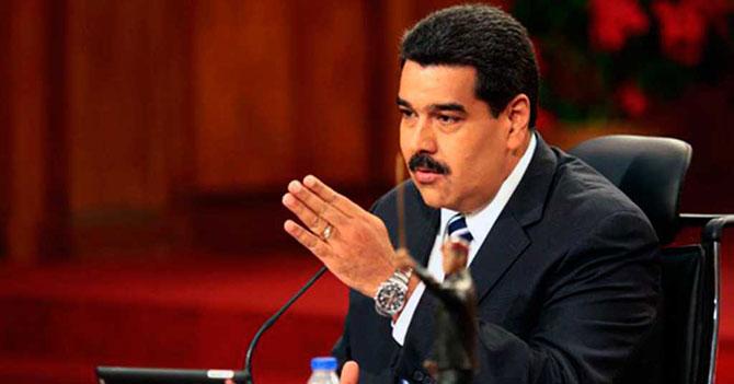 Director de colegio dice que Maduro debe repetir el 2014