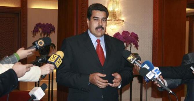 Maduro que llega en un rato que fue a llevar unos Torontos a Madrid