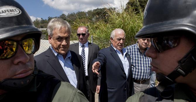 Gobierno ofrece a Piñera y Pastrana otros 30 millones de presos a los que pueden visitar