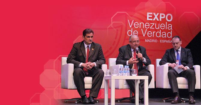 "Gobierno venezolano inaugura en Madrid exposición ""Échenle bolas pues, voten por Podemos"""