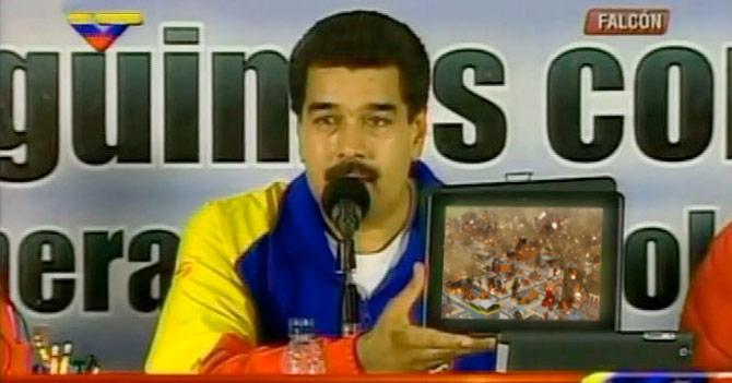 Maduro vuelve a pedir las claves para hacer trampa en SimCity
