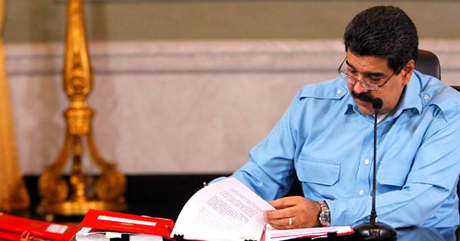 Maduro pide Habilitante para igualito hacer lo que quiera