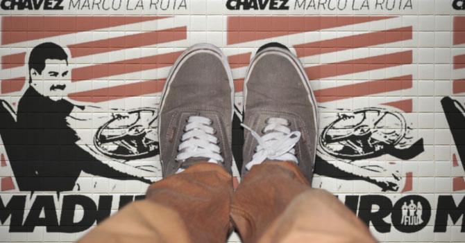 Cambian piso de Maiquetía por propaganda de Maduro