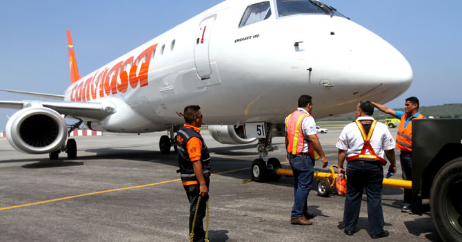 Conviasa investiga por qué pasajero llegó a su destino con maleta intacta