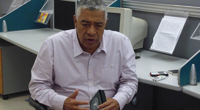 Claudio Fermín postula a un Betamax de Amador Bendayán a la AN