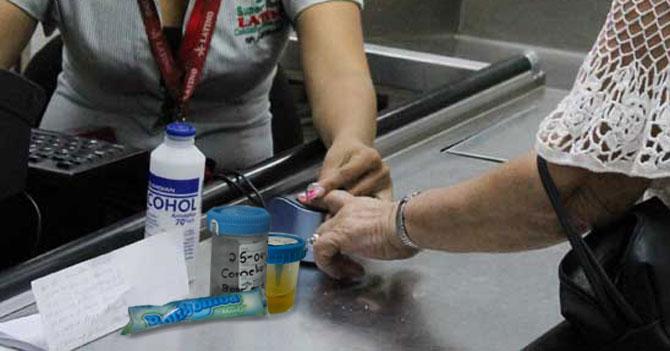 Gobierno exige examen de heces y orina para vender chicles