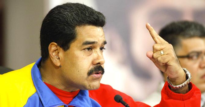 Maduro amenaza con seguir gobernando si el PSUV gana las elecciones del 6D