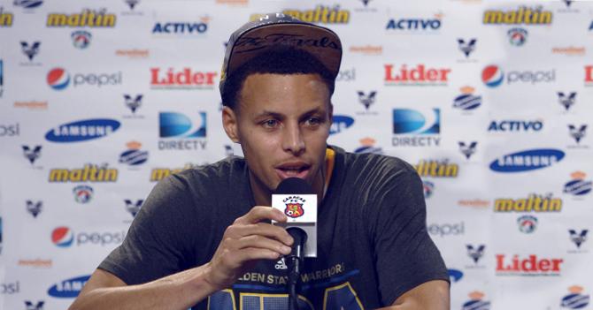 Caracas FC contrata a Stephen Curry y lo lleva a ganar la serie mundial de béisbol