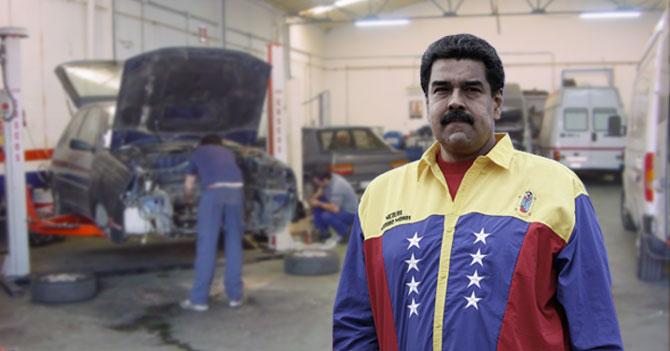 Maduro lleva a la Revolución al taller porque uno de los motores tiene un ruidito