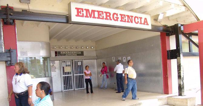 Chavista llevado de emergencia luego que le explican la separación de poderes