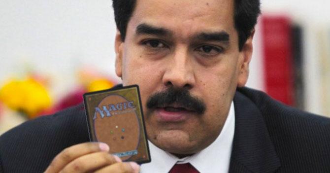 Gobierno responde a Carta Democrática con carta Magic de inmortalidad