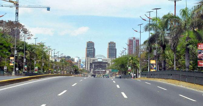 Ciudades copian modelo venezolano de desaparecer repuestos para bajar tráfico