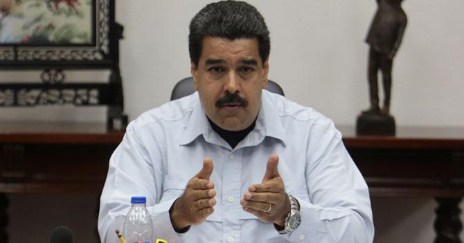 Maduro dispuesto a dialogar si es con él mismo