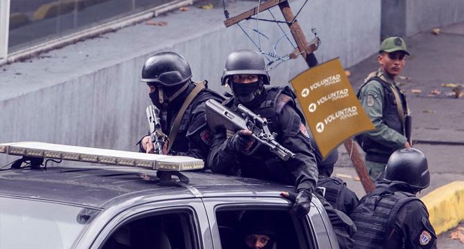 Sebin detiene a poste con afiche de Voluntad Popular