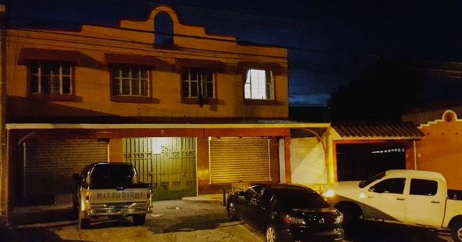 Malandros desisten de robo multimillonario porque señora dejó luz prendida antes de salir