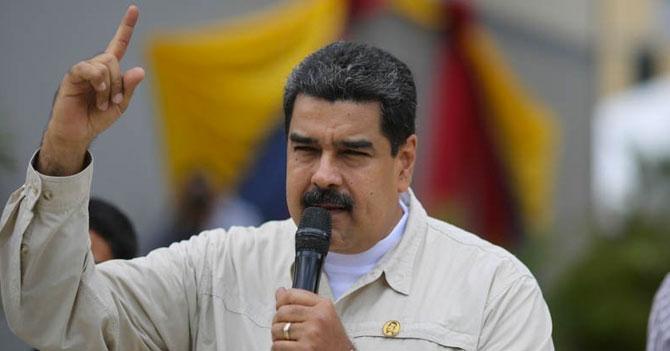 """Maduro aumenta salario mínimo a """"Por fa no vayan a Miraflores"""""""