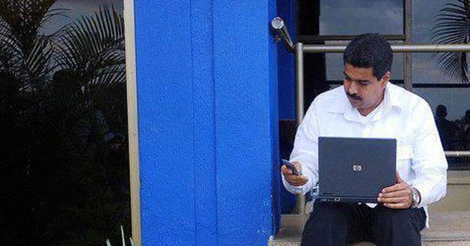 Maduro escribe que es su cumpleaños en Facebook para que la gente lo felicite