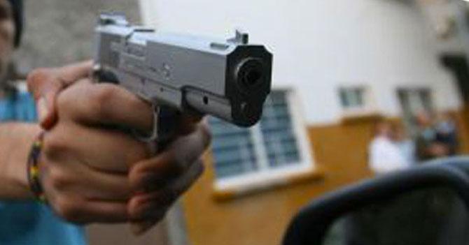 """Señor dice """"lo bueno del diálogo es que evitó una masacre"""" 5min antes de recibir un tiro"""