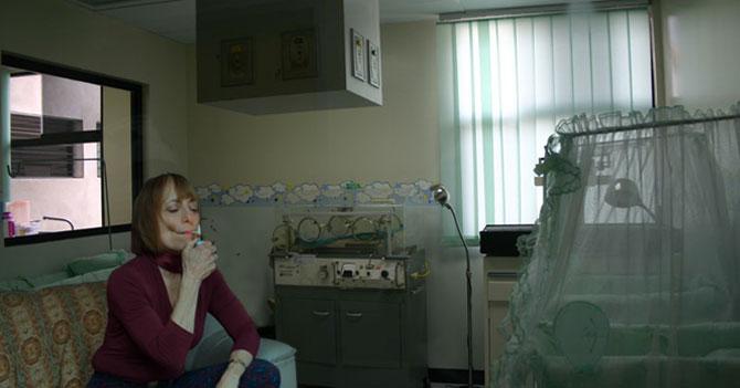 Padres le ponen Xiomara a su hija y nace con 46 años, divorciada y fumando Cónsul