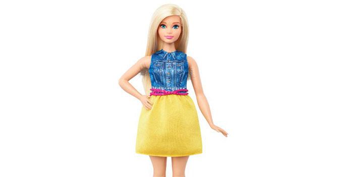 Barbie presenta muñeca feminista con pelos en las axilas