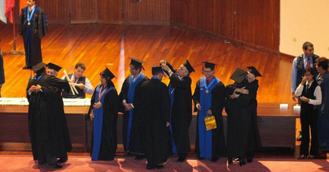 Se gradúa 3ra promoción de Licenciados en Paros Universitarios