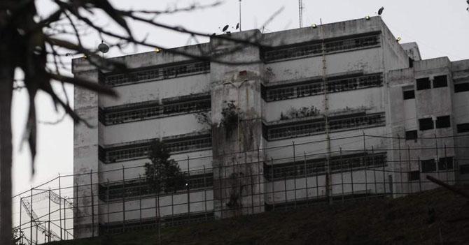 Gobierno anuncia reposición del stock de presos políticos