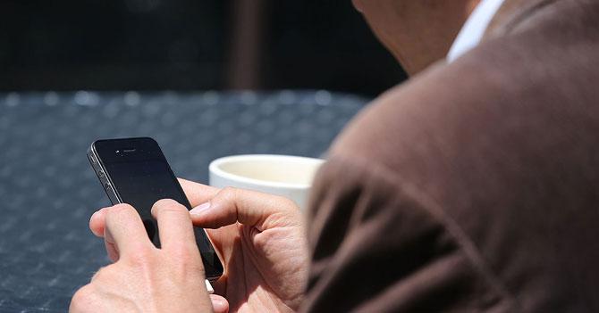 """""""Épale chamo, tanto tiempo"""" escribe persona en Whatsapp antes de pedir un favor"""