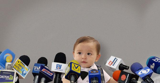 Oposición anuncia candidato presidencial bebé para que tenga 35 años en las próximas elecciones