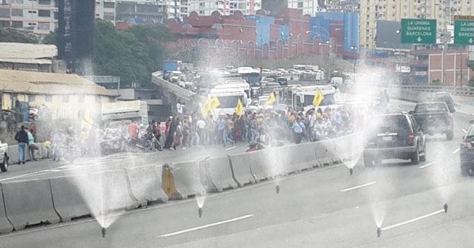 PNB instalará en Caracas aspersores de gas lacrimógeno
