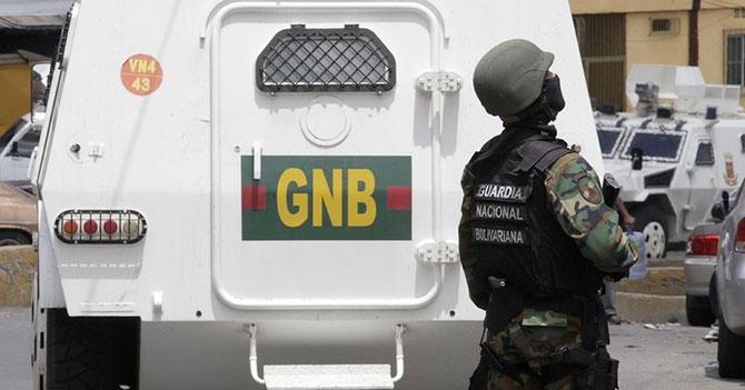 GNB religioso que reprime manifestantes tiene conciencia tranquila porque no comió carne en Semana Santa