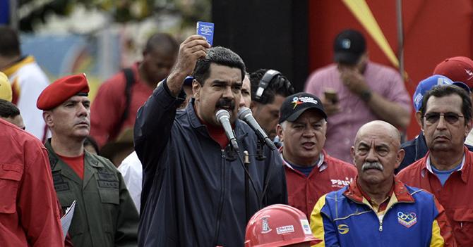 """Maduro: """"Constituyente hará que Chyno y Nacho regresen"""""""