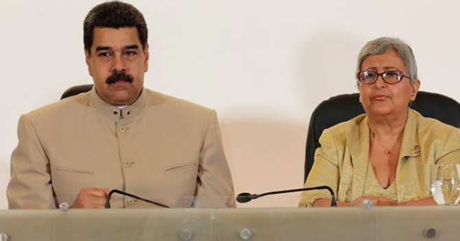 Tibisay Lucena se adelanta y anuncia que Maduro ganó la Constituyente