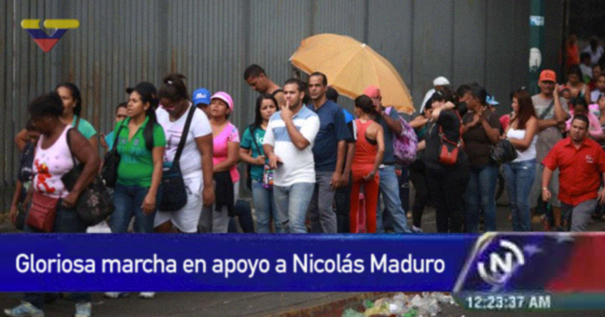 VTV transmite cola por comida como marcha chavista