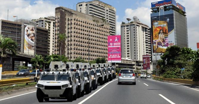 Gobierno habilita canal en la autopista exclusivo para tanquetas