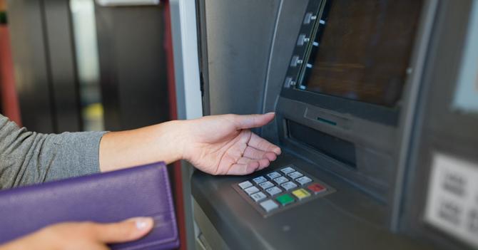 SUDEBAN prohíbe a cajeros automáticos dar dinero